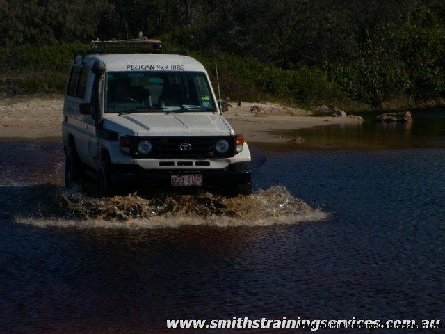 water-crossing-at-noosa_tn